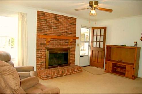 Asheboro NC Home for Sale | 902 Rockcliff Terrace | Den-Family-Great Room | Waynette Araj