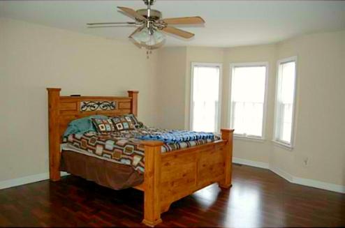Randleman NC Home for Sale | 2557 Strawberry Lane | Master Bedroom | Waynette Araj