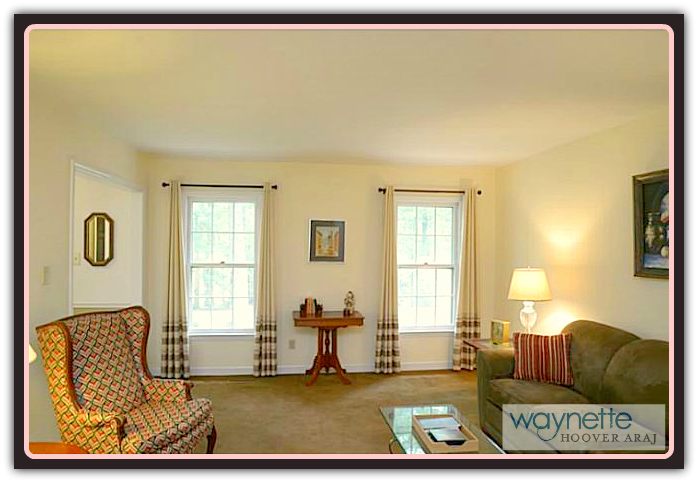 Asheboro NC Home for Sale | 401 Pinewood Rd | Living Room