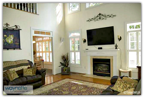 Randleman NC Home for Sale | 2968 Kamerin St | Beautiful Living Room