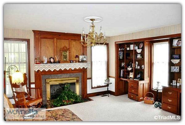 Asheboro NC Country Home for Sale   5742 High Pine Church Rd 004   Living Room